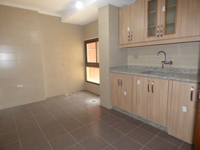 Apartment for rent in Ain Mreisseh, Beirut